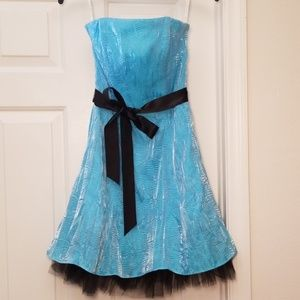 Jessica McClintock Cocktail Party Homecoming Dress